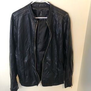 Zoloclan faux leather zipper sleeve fitted jacket